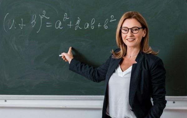 como escrever currículo de professor